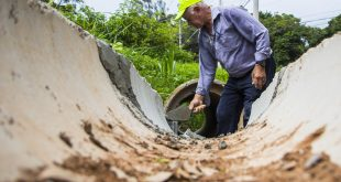 Danificada por obras da Sabesp, estrada do Ribeirão recebe obras de melhorias