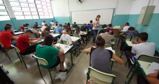 Portões das escolas serão abertos às 12h30 e fechados, impreterivelmente, às 13h30, horário do início do exame (Foto: Gastão Guedes)