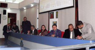 Vereadores de Cotia criticam disseminação de notícias falsas
