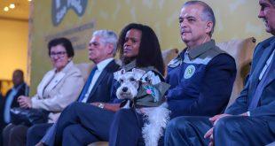 O governador do Estado de São Paulo, Márcio França, participa da cerimônia de lançamento do Sistema Estadual de Proteção aos Animais Domésticos (Pet São Paulo), realizada no Palácio dos Bandeirantes