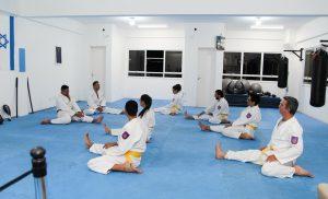 alunos treinando na Bukan Granja Viana