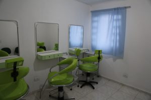 sala de cabeleireiro do centro integrado de cursos
