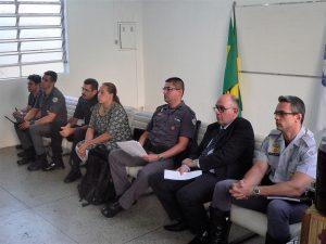 Da esquerda para a direita: James, Venâncio, Marcos (GCM), Goreti, Fernandes, Marcos (delegado) e Pontes (Foto: Victor de Andrade Lopes)