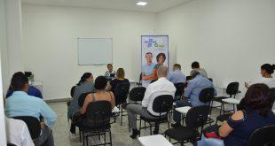 empreendedores acompanham curso do Sebrae em Carapicuíba