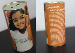 exemplo de cofrinhos da Campanha do Cofrinho do Centro de Educação para Surdos