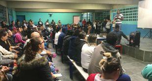 público lota auditório para acompanhar palestra sobre meio ambiente em Cotia