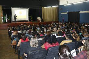 auditório lotado para a 1ª Jornada Pedagógica de Jandira