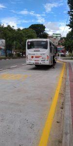 ônibus estacionando em novo bolsão em são roque