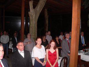 convidados durante execução do hino nacional