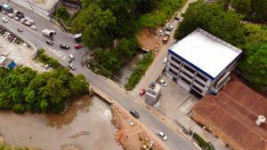 vista aérea das obras de canalização do córrego cadaval