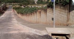 calçadas recém instaladas na rua maria clara sabbattini