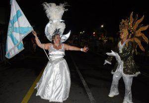 Bloco Corações Unidos desfilando no carnaval de são roque 2019
