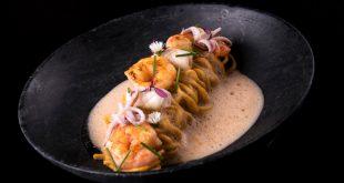 Spaguetti artesanal com Bisque Thai da comadres