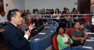 Servidores participam de Oficina sobre Processos Licitatórios na Câmara Municipal
