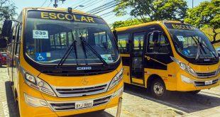 Cotia recebe dois novos ônibus e amplia a frota do Transporte Escolar Gratuito