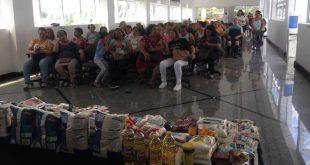 Participantes de programa de reeducação alimentar 'queimam' 300 quilos em três meses