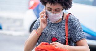 Cotia/SP – Máscaras de tecido e descartáveis ajudam a evitar a disseminação do novo coronavírus