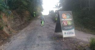 Cotia/SP – Região de Caucaia do Alto recebe serviços de roçagem e de limpeza