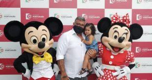 Alexandre Frota leva personagens da Disney ao colégio Português para ação solidária