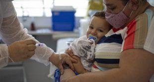UBS's de Cotia aplicam 1.243 doses de vacinas no Dia V que aconteceu no sábado